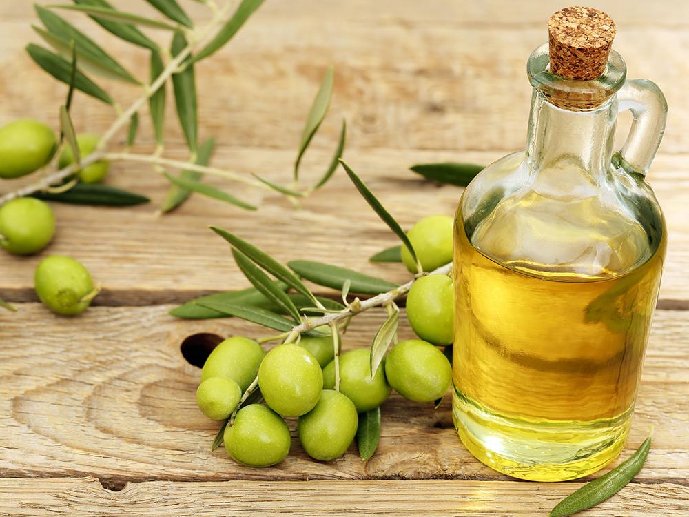 Cách làm trắng da với dầu oliu