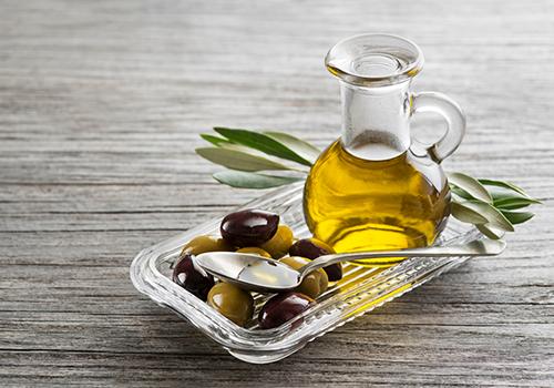 Các loại dầu nền có tác dụng giúp làm mềm, trị thâm